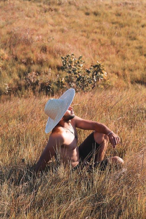 Základová fotografie zdarma na téma bez trička, chloupky na obličeji, denní, denní světlo