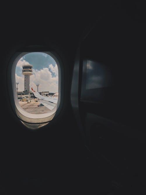 Δωρεάν στοκ φωτογραφιών με αεροδιάδρομος, αεροδρόμιο, αεροσκάφη, αρχιτεκτονική