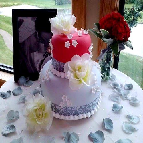 คลังภาพถ่ายฟรี ของ #wedding cake #cake #dessert #flower