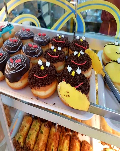 #donut #dessert #bakery #smiley face 的 免費圖庫相片