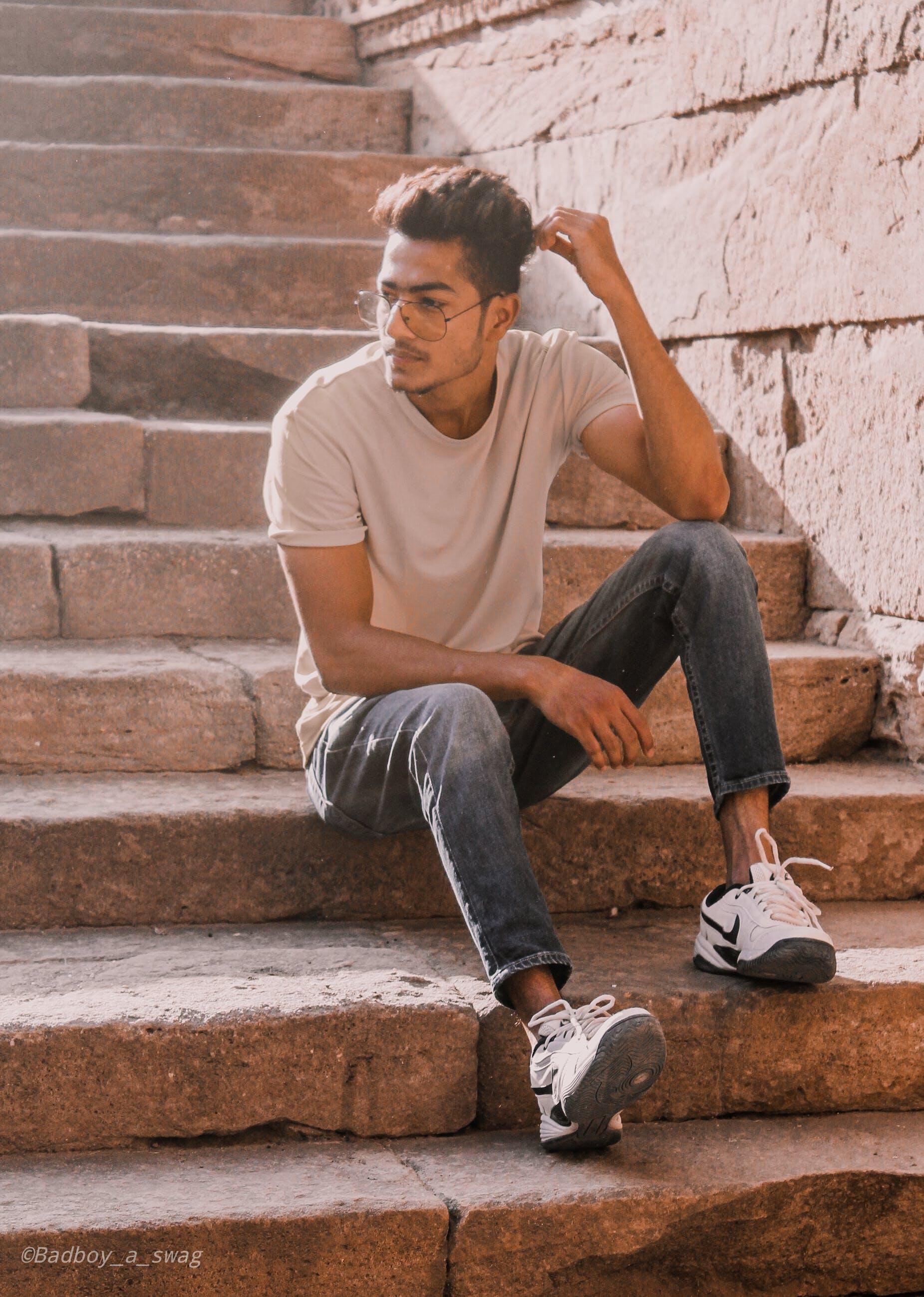 Kostenloses Stock Foto zu blaue jeans, brillen, denim jeans, erwachsene