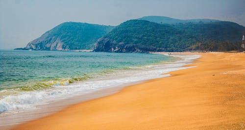 Ilmainen kuvapankkikuva tunnisteilla aallot, adrianmeri, hiekka, hiekkaranta