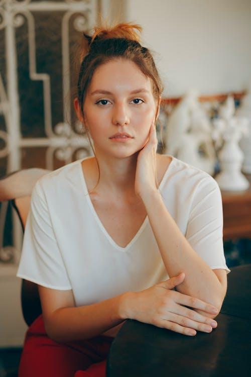 Gratis lagerfoto af kvinde, person, portræt, skønhed
