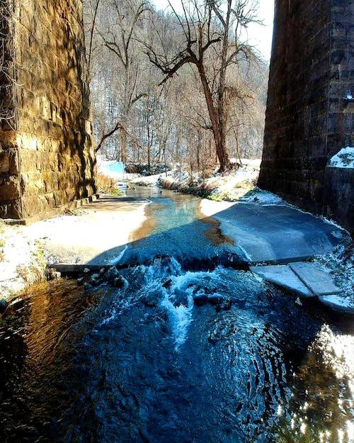 #nature #sky #bridge #water #snow #stream #creek 的 免費圖庫相片