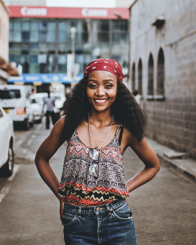 Gratis stockfoto met aantrekkelijk mooi, Afro-Amerikaanse vrouw, fashion, gekleurde vrouw