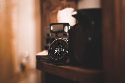 Gratis arkivbilde med Analog, armbåndsur, selektiv fokus, tidsur