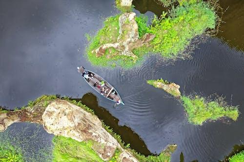 Foto profissional grátis de aerofotografia, barco, de cima, embarcação