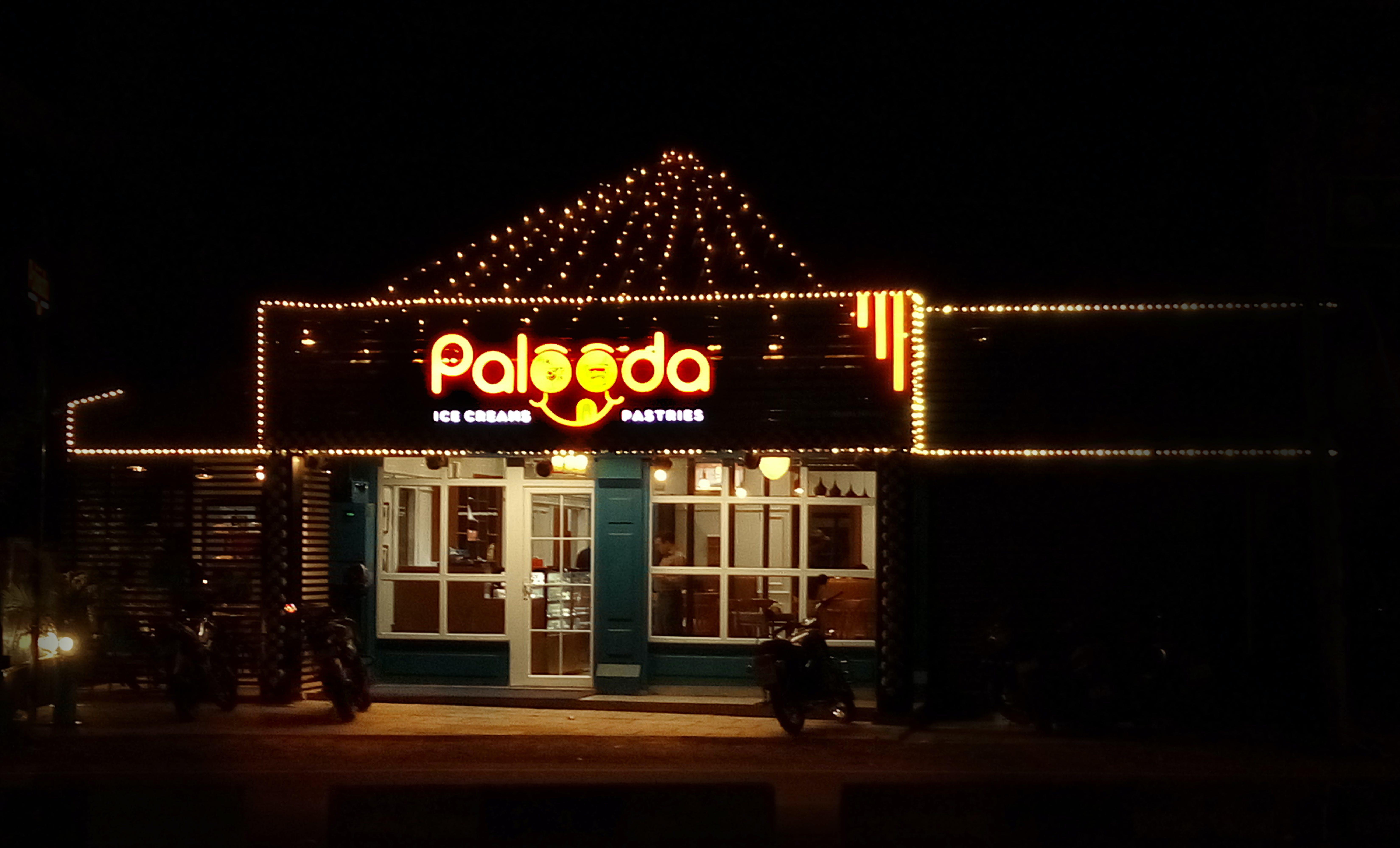 Free stock photo of night lights, night photography, store