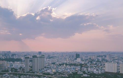 Ilmainen kuvapankkikuva tunnisteilla kaupunki, kaupunkimaisema, rakennukset, taivas