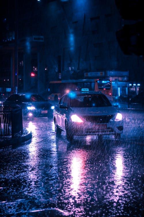 Foto profissional grátis de chuva, estrada, rua, sistema de transporte