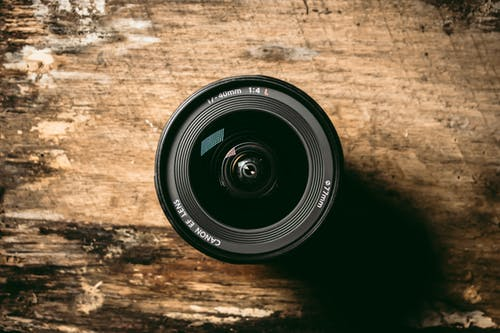 Kostenloses Stock Foto zu canon, kamera, kameraausrüstung, kameraobjektiv