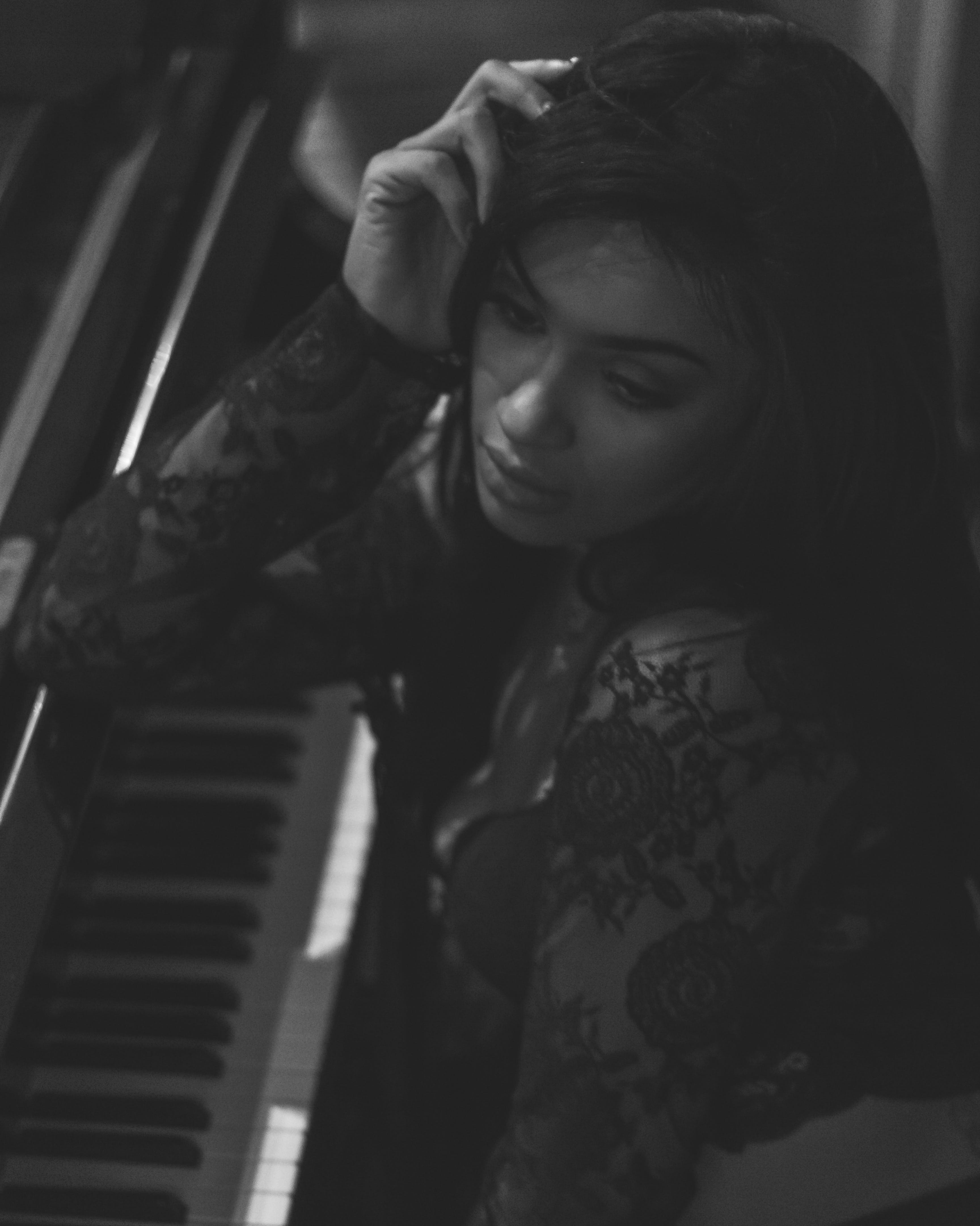 Free stock photo of black, black and white, female model, piano