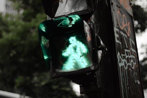 Ảnh lưu trữ miễn phí về ánh đèn thành phố, giao thông, lối băng qua đường, thành phố
