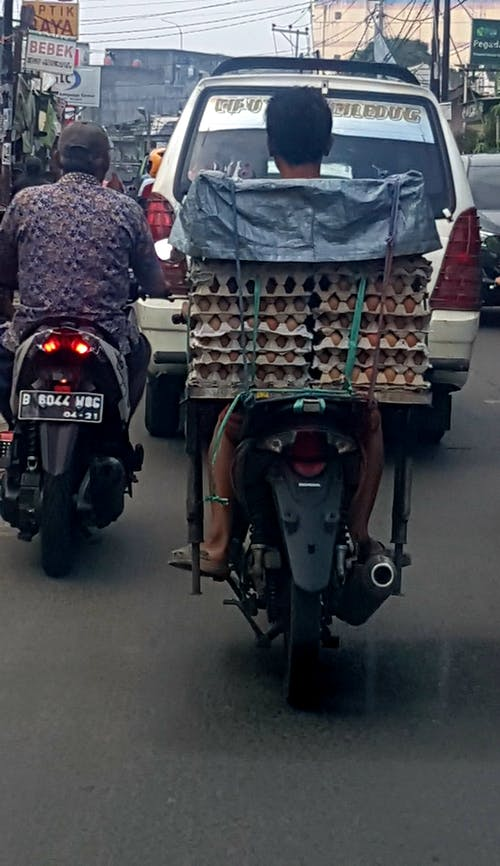 #indonesia #jakarta #muslim #traffic 的 免費圖庫相片
