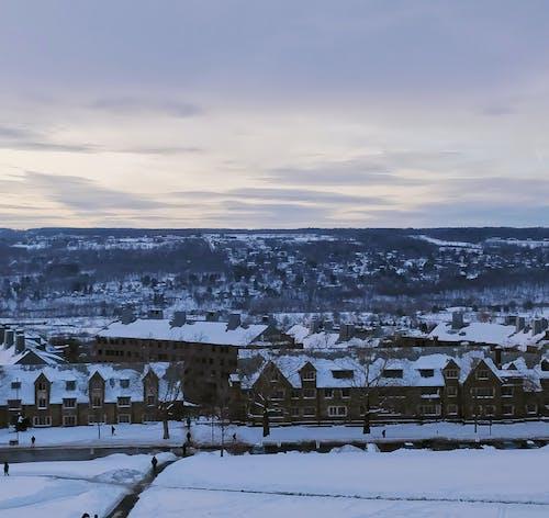 Photos gratuites de bâtiment, couvert de neige, neige, paysage d'hiver