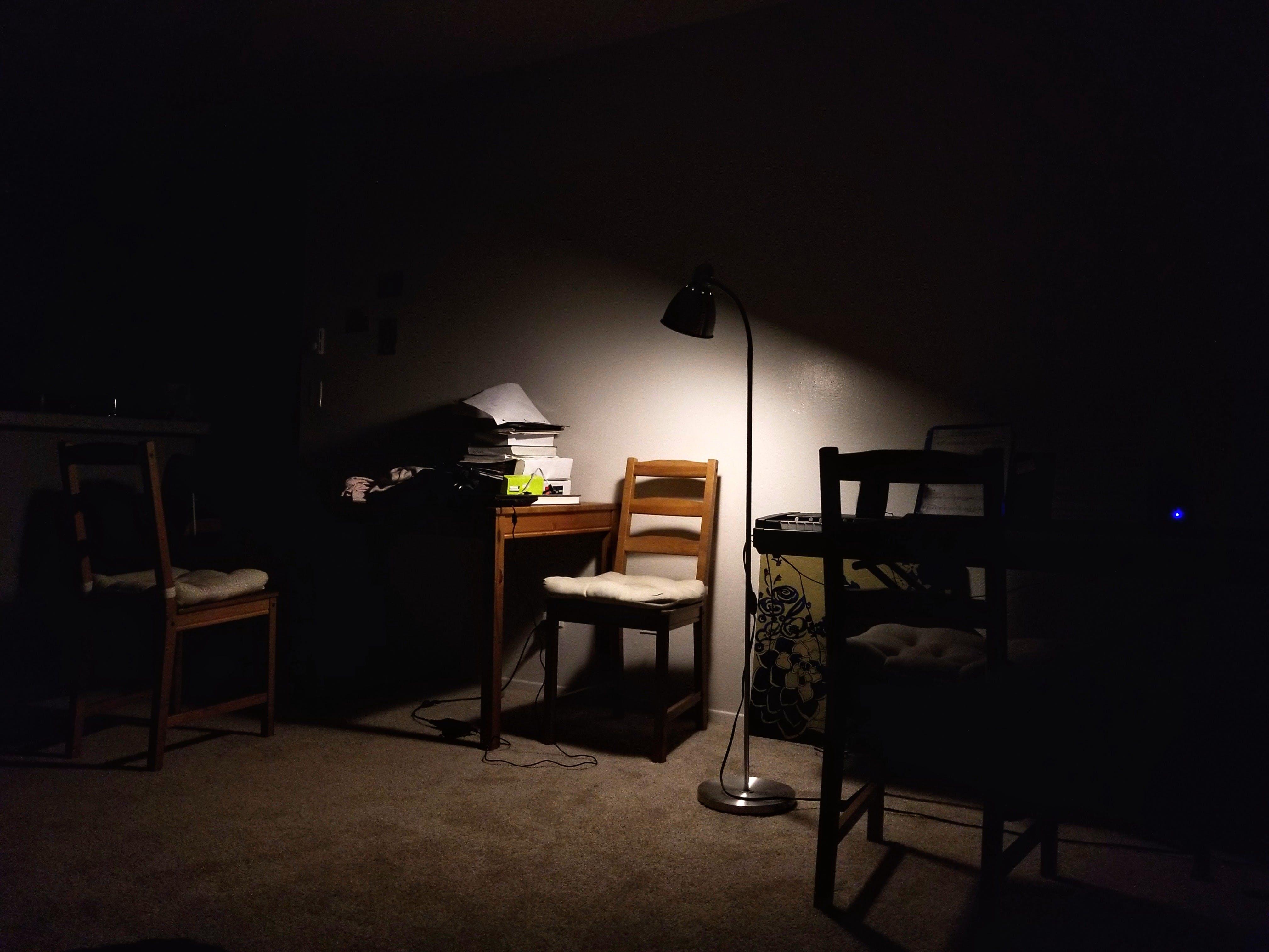 방, 사무실, 슬픈, 엉망진창의 무료 스톡 사진