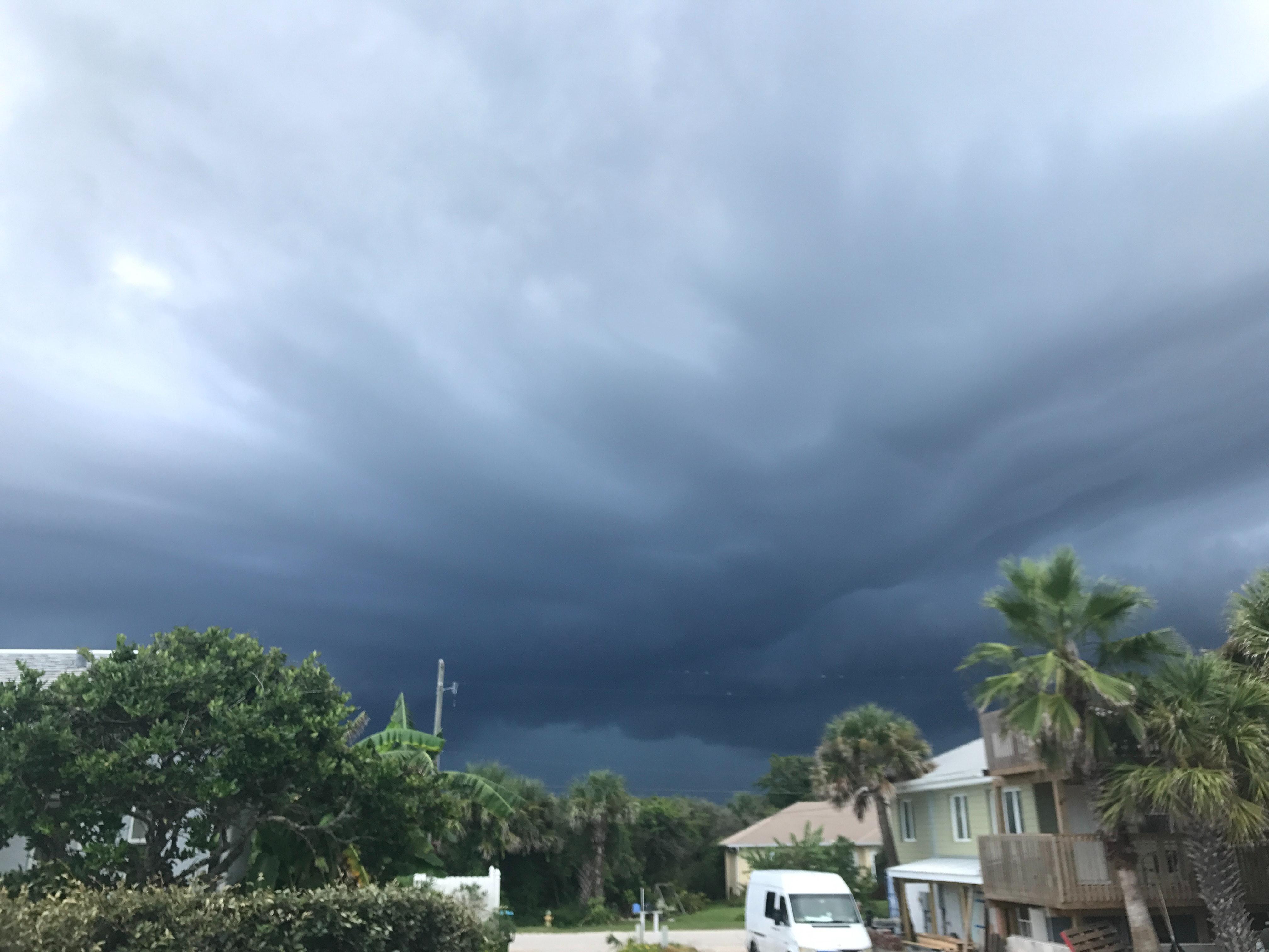 Free stock photo of grey sky rain hurricane irma calm before storm