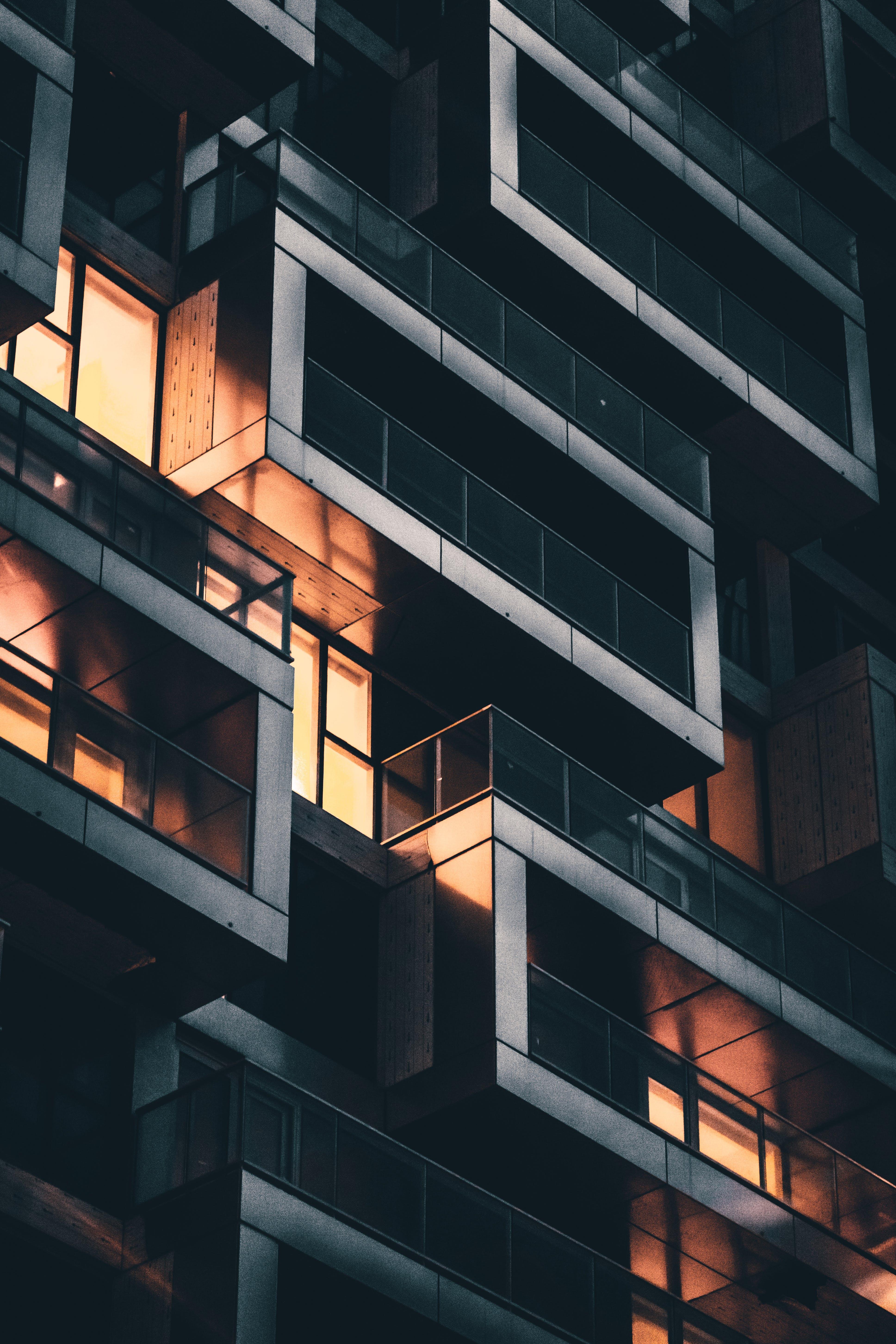 Kostenloses Stock Foto zu architektur, balkone, fenster, vancouver