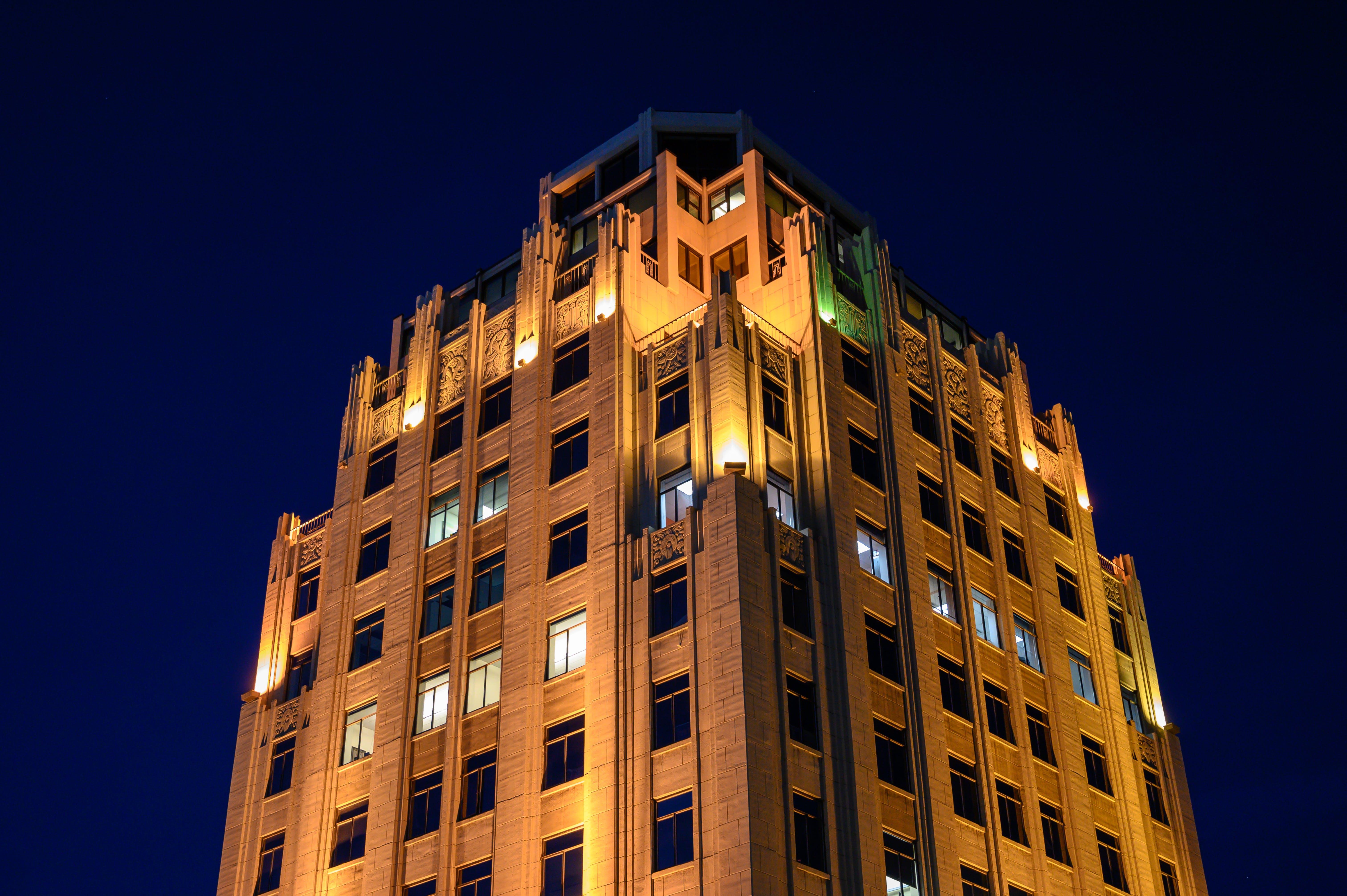 ライト, ローアングル写真, 夕方, 夜の無料の写真素材