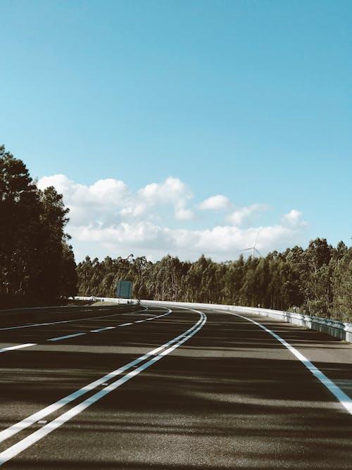 Бесплатное стоковое фото с асфальт, дорога, пустой, шоссе