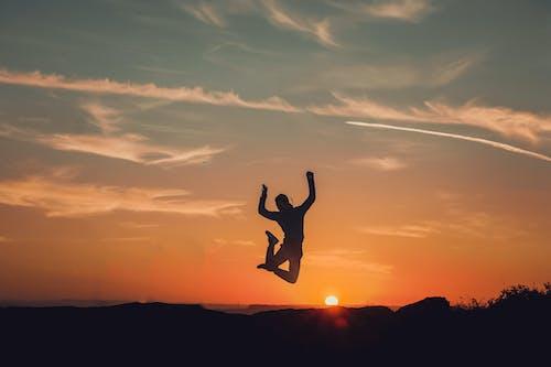 Foto d'estoc gratuïta de alba, capvespre, cel, llibertat