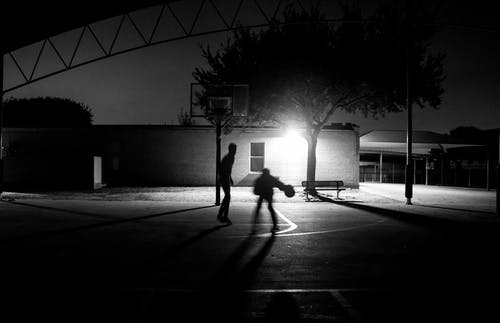Foto d'estoc gratuïta de bàsquet, blanc i negre, bola, cèrcols