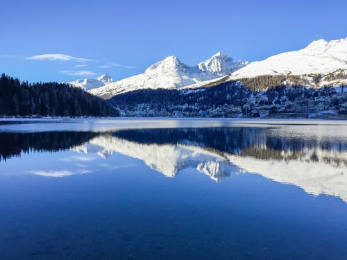 Foto stok gratis Desa, hutan, langit biru, pegunungan