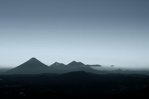 Základová fotografie zdarma na téma agua sopka, akatenango, čb, černobílá