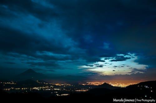 Foto profissional grátis de amatitlán, céu azul, céu nublado, cidade de guatemala