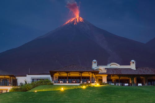 Foto profissional grátis de erupção, erupção vulcânica, fogo, fuego
