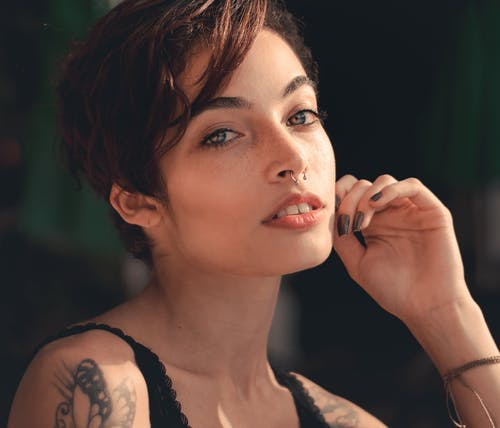 光鮮亮麗, 嘴唇, 女人, 性感的 的 免費圖庫相片