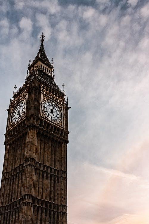 Ilmainen kuvapankkikuva tunnisteilla arkkitehtuuri, elizabeth tower, Iso-Britannia, maamerkki