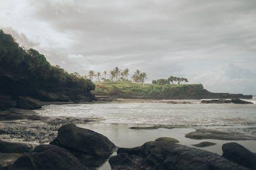 Бесплатное стоковое фото с море, морской берег, морской пейзаж, океан