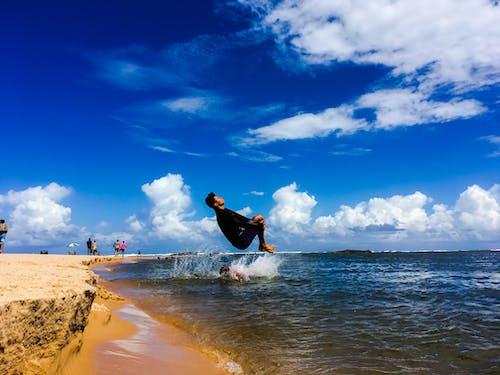 Immagine gratuita di cielo azzurro, paesaggio, spiaggia