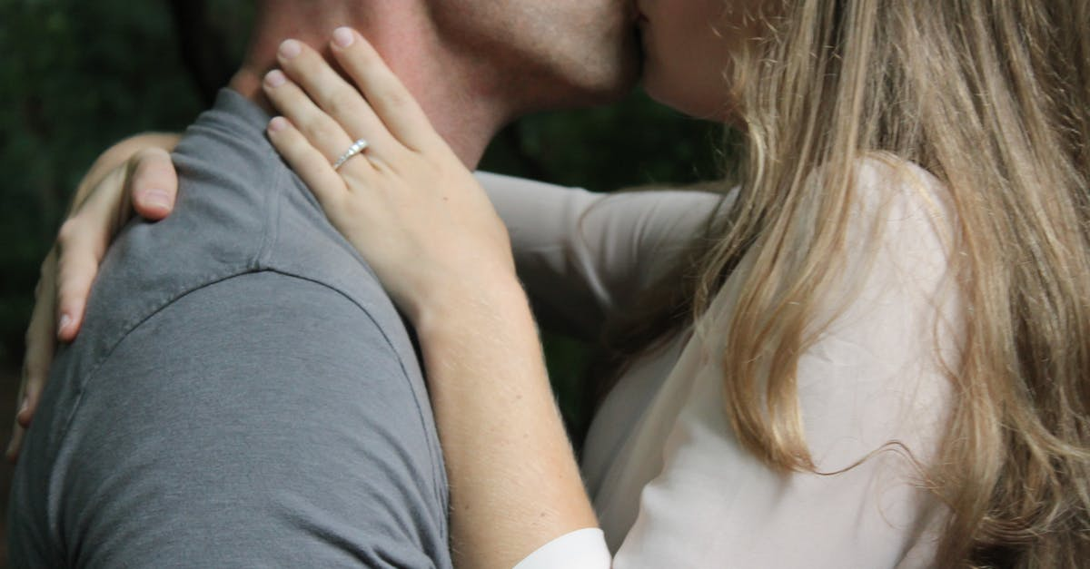 Картинки днем, картинки обнимания и поцелуи