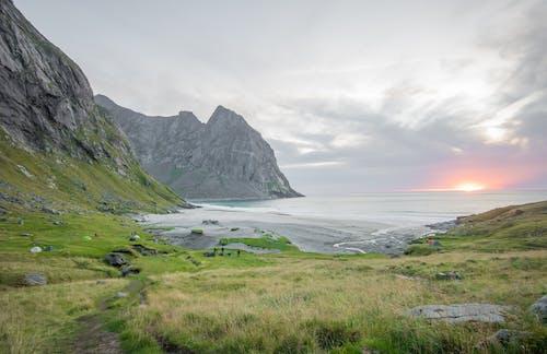 Kostnadsfri bild av bergen, blå, coulds, fotspår