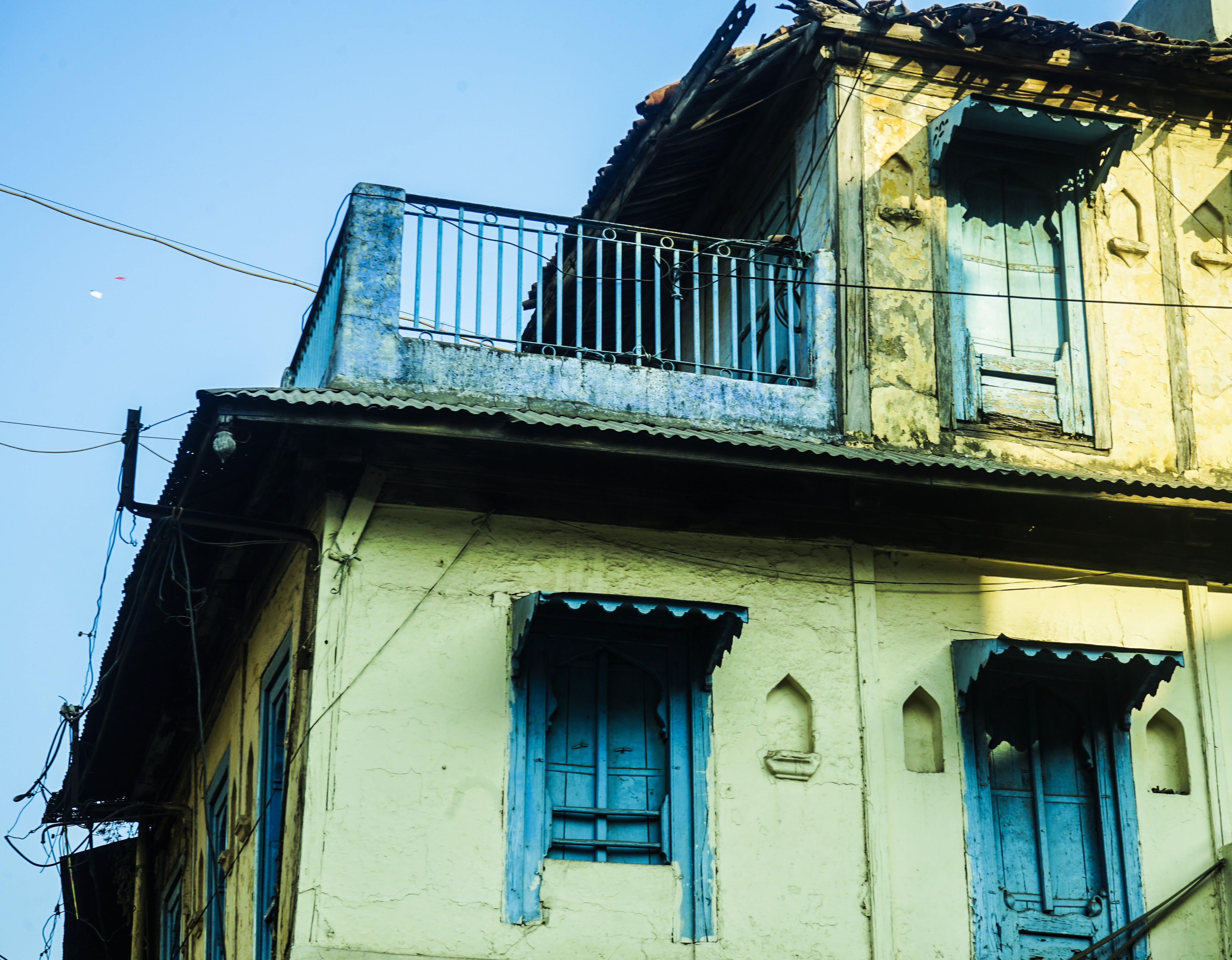 Gratis arkivbilde med arkitektur, Asiatisk arkitektur, blå, gul