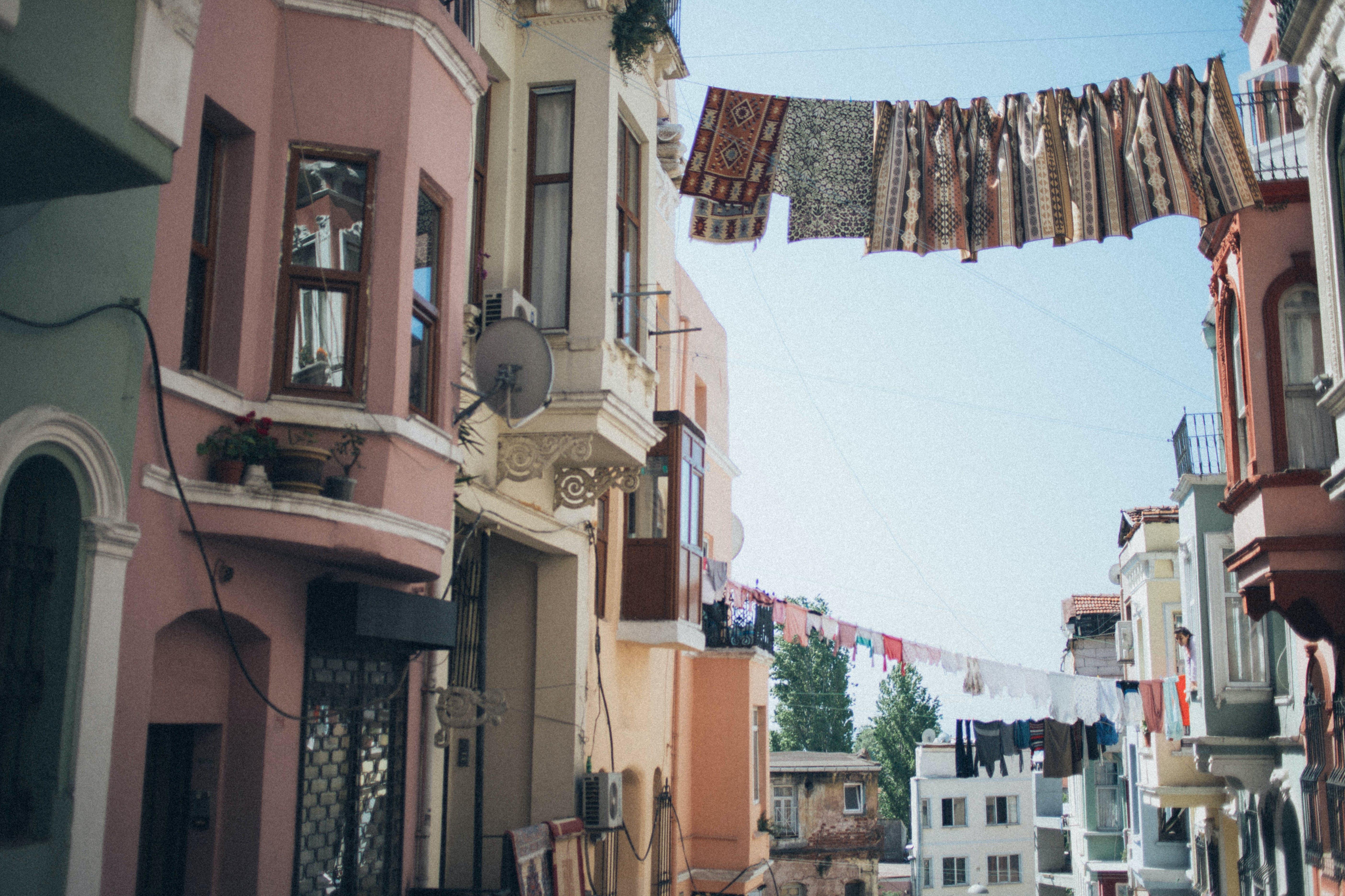 Darmowe zdjęcie z galerii z architektura, budynki, miasto, ulica