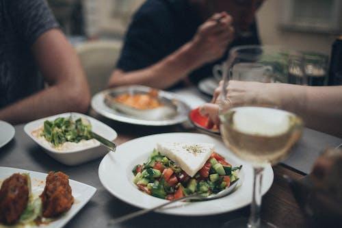Fotobanka sbezplatnými fotkami na tému chutný, jedlo, nápoj, pohár na víno