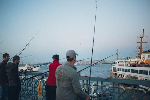 Ilmainen kuvapankkikuva tunnisteilla ihmiset, kalastajat, lahti, laituri