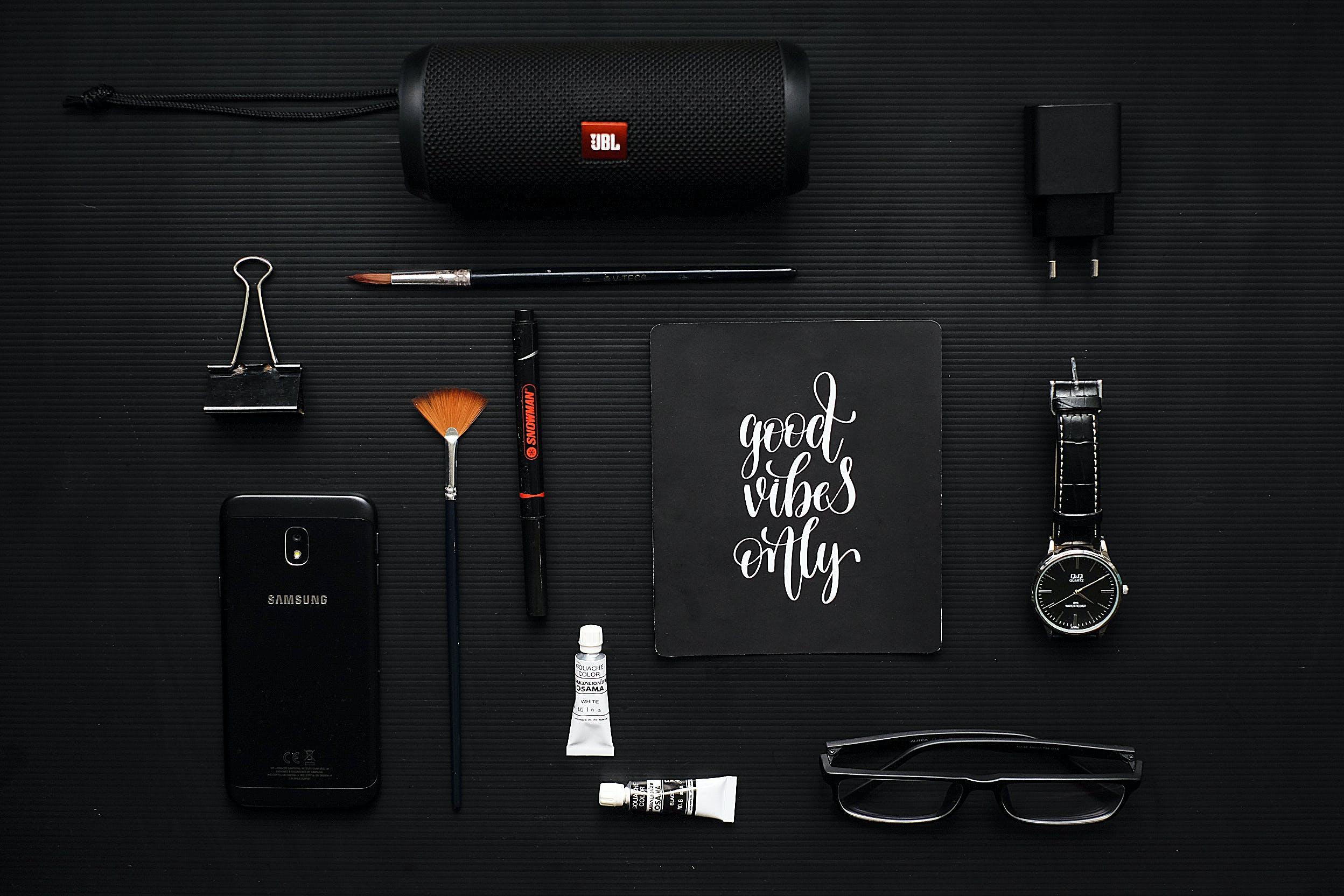 ausrüstung, brille, digitalgerät