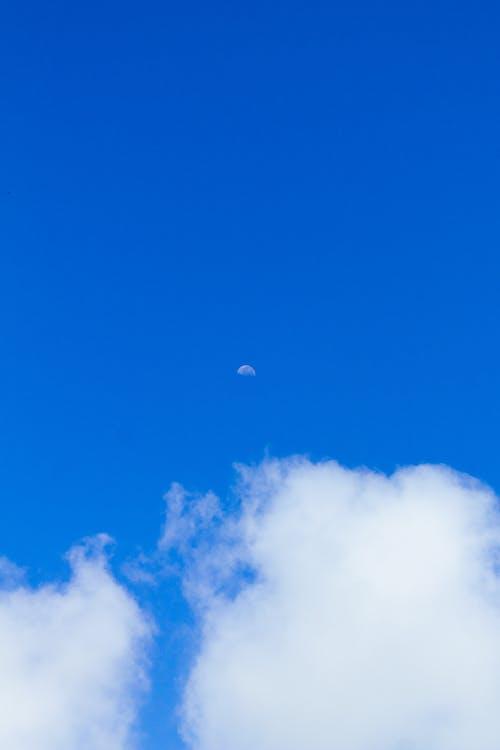 Δωρεάν στοκ φωτογραφιών με μπλε, παράδεισος, σελήνη, σύννεφο