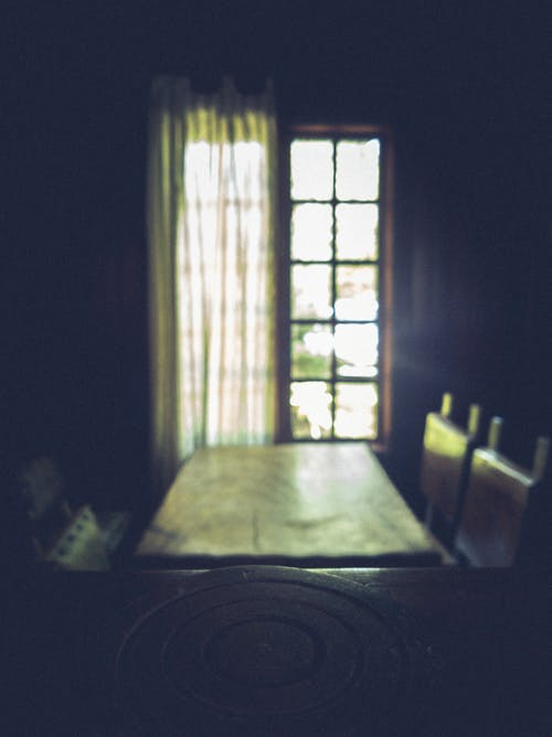 Shallow Focus Photography of Window