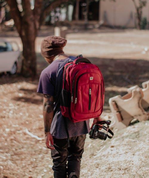 คลังภาพถ่ายฟรี ของ กระเป๋าเป้, คน, ช่างกล้อง, ช่างภาพ