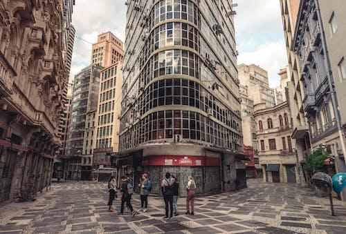 Ingyenes stockfotó ablakok, ég, emberek, építészet témában