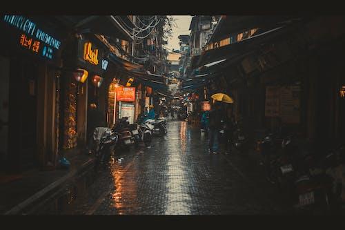 Ingyenes stockfotó #vietnami, eső, Hanoi, utca témában