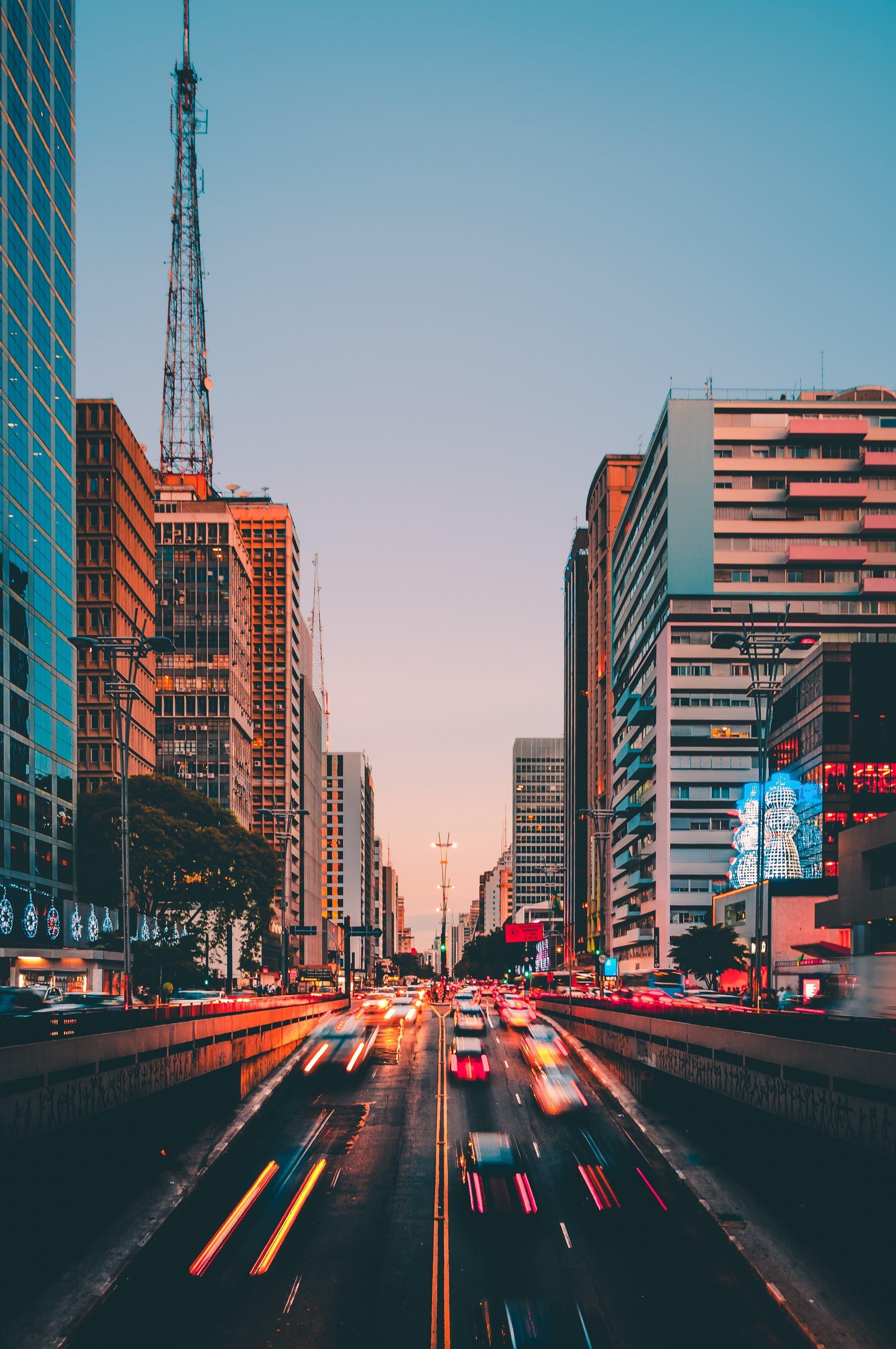 건물, 건축, 교통, 도로의 무료 스톡 사진