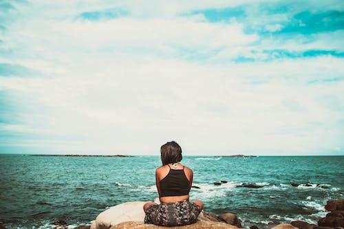 คลังภาพถ่ายฟรี ของ การแข่งขันบนมือถือ, คน, ทะเล, ผู้หญิง