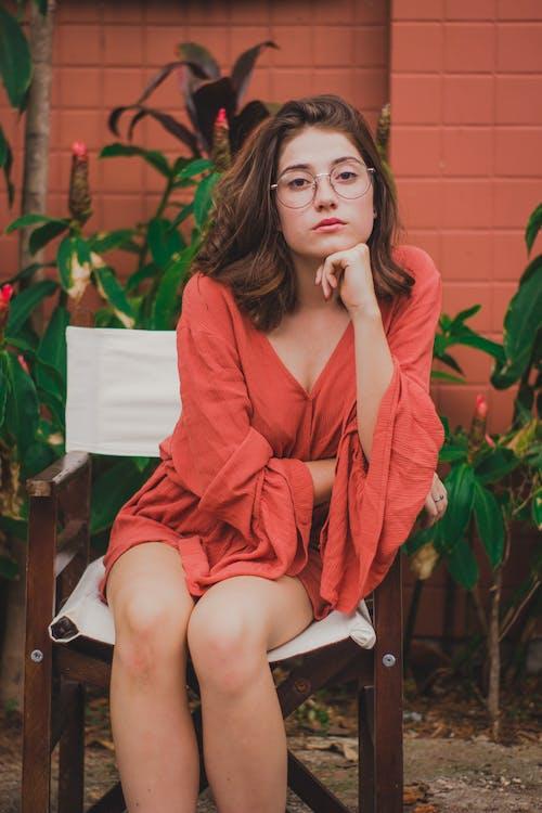 Gratis stockfoto met aantrekkelijk mooi, fashion, iemand, jurk