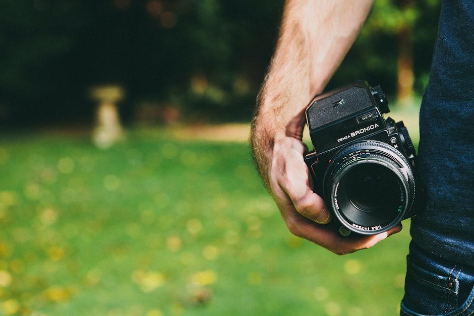 analog camera, bronica, dslr